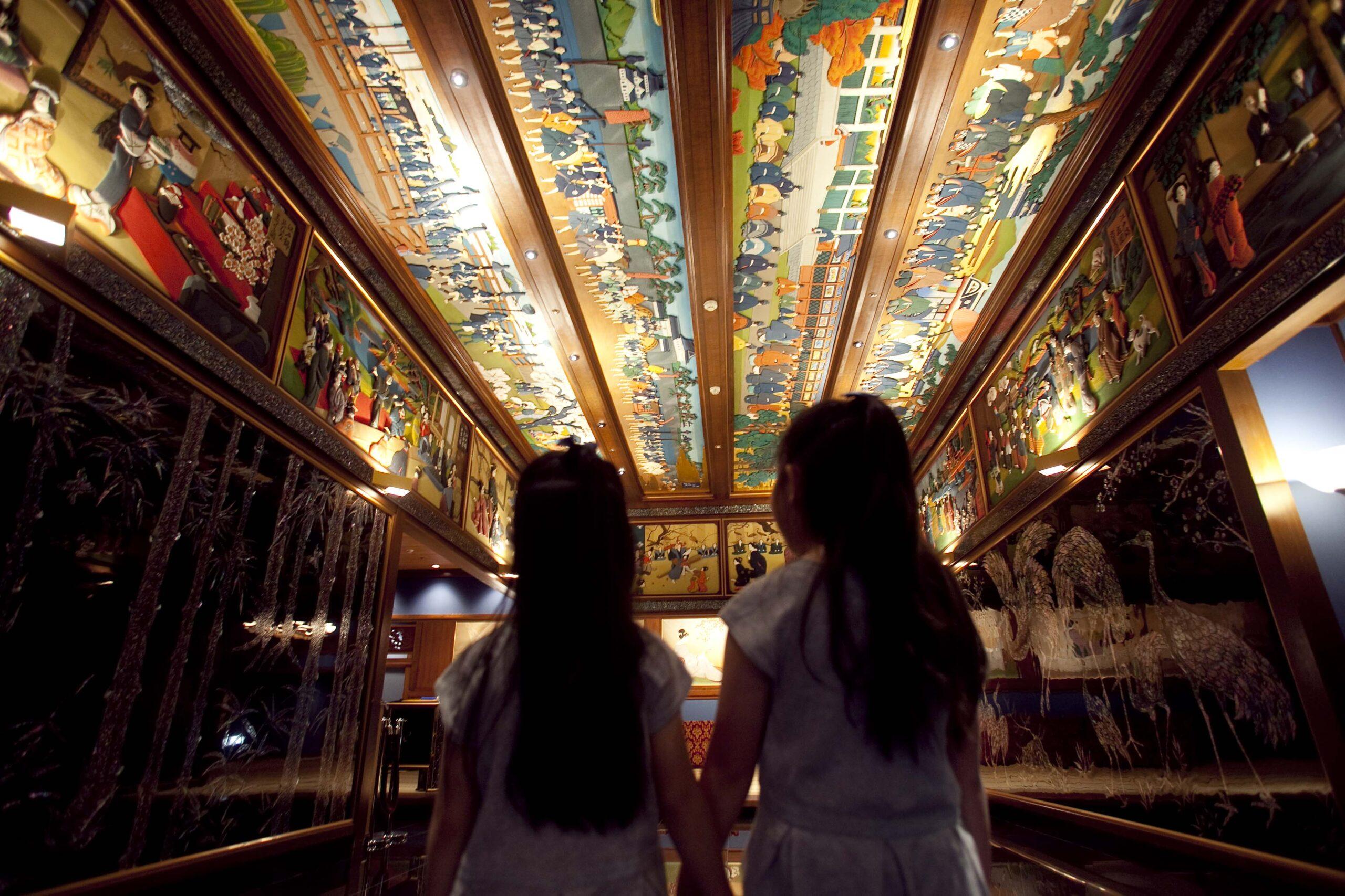 ホテル雅叙園東京の夏は親子で!「親子アートツアー」「ものづくり体験」が開催中