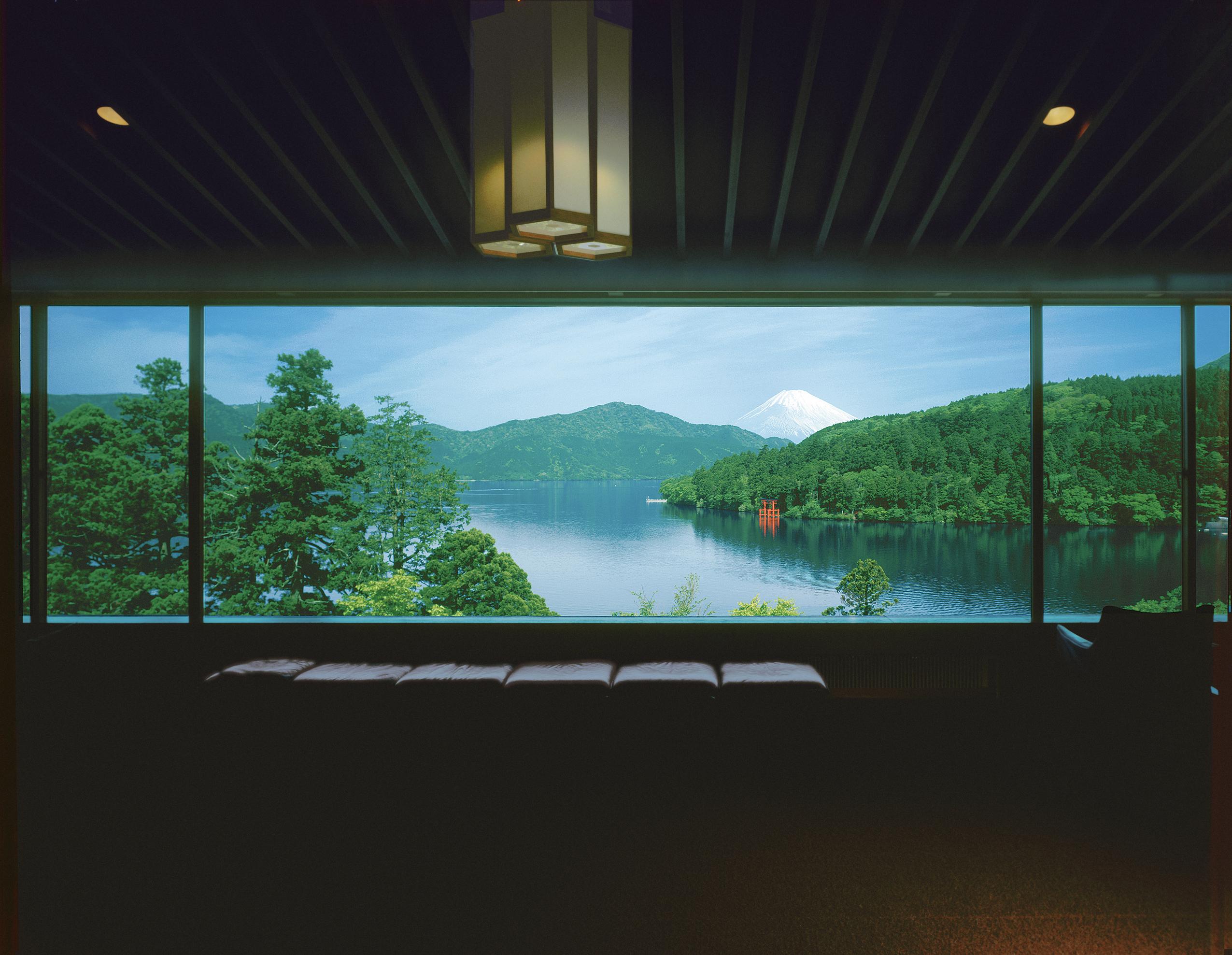 芦ノ湖を一望 成川美術館で箱根随一の絶景に思わず息をのむ [取材]