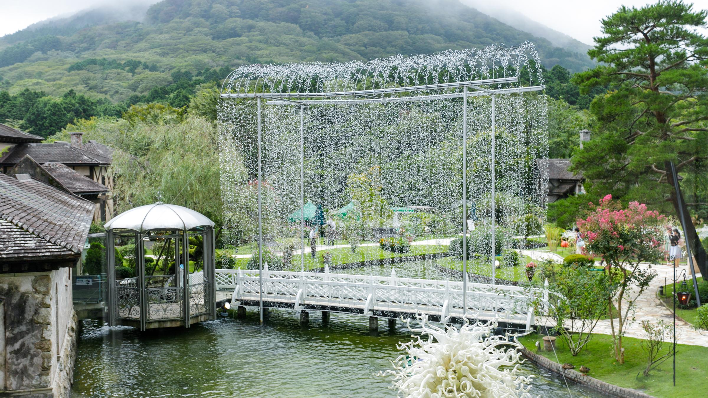 箱根ガラスの森美術館で「ヴェネチアの街角」に迷い込んできた
