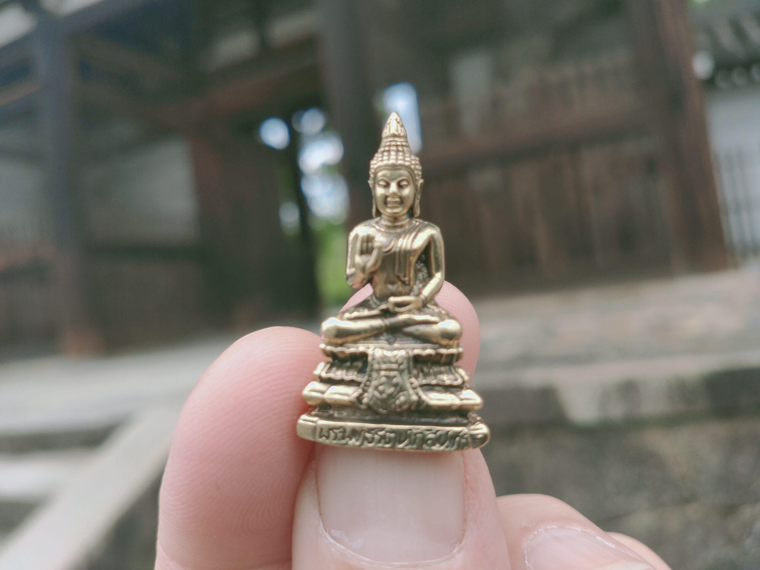 仏像の自動販売機があると聞いて嵐山電車に乗ったら本当だった 《京都》